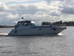 Bayliner Avanti 4085 Express Cruiser