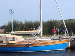 One Off Design Mahagoni Sloop