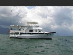 DeFever E45 Flybridge Yacht