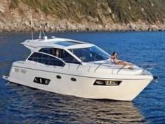 Absolute 43 STY Hard Top Yacht