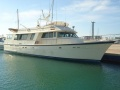 Hatteras Yachts 85