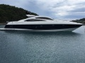 Sunseeker Predator 72 HT Hard Top Yacht