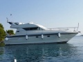 Mochi Craft 40 Europa Flybridge Yacht
