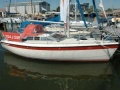 Etap 28i Red Lady Barco a quilla