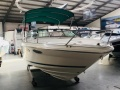 Sea Ray 230 Overnighter Signature Series Imbarcazione Sportiva