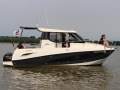 Quicksilver 855 Activ Weekend Yacht a Motore
