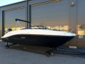 Sea Ray Sun Sport 230 Outbord Sportboot