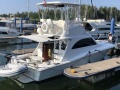 Luhrs 32 Convertible Flybridge Yacht