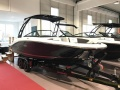 Sea Ray 190 SPXE WBT- Bowrider