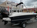 Bayliner E5 Element Black Yacht a Motore