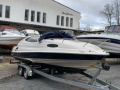 Regal 2150 Sport Boat