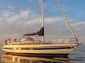 Sunbeam 36 CC Sailing Yacht