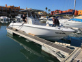 BOSTON WHALER OUTRAGE 270 Sport Boat