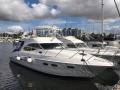 Sealine F42/5 Flybridge