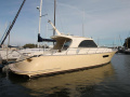 Mochi Craft 44 Dolphin Flybridge