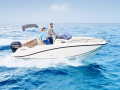 Quicksilver ACTIV 605 Sundeck Center Console Boat