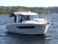 Jeanneau Merry Fisher 895 Offshore, Pilothouse